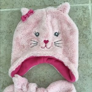 Soft fuzzy cat hat and mittens. 2t